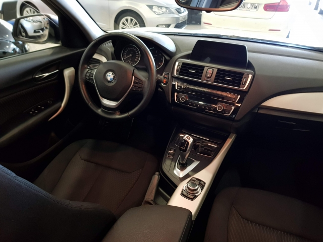 BMW SERIE 1  116d EfficientDynamics 5p. for sale in Malaga - Image 6