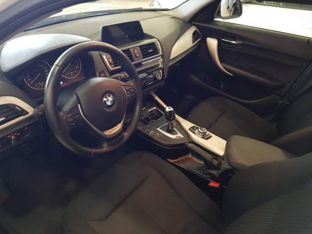 BMW SERIE 1  116d EfficientDynamics 5p. for sale in Malaga - Image 8
