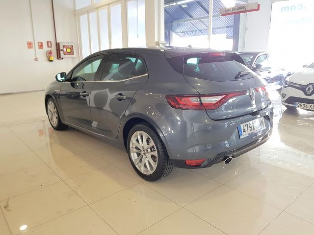 RENAULT MEGANE Mégane Zen Energy TCe 97kW 130CV EDC 5p. for sale in Malaga - Image 3