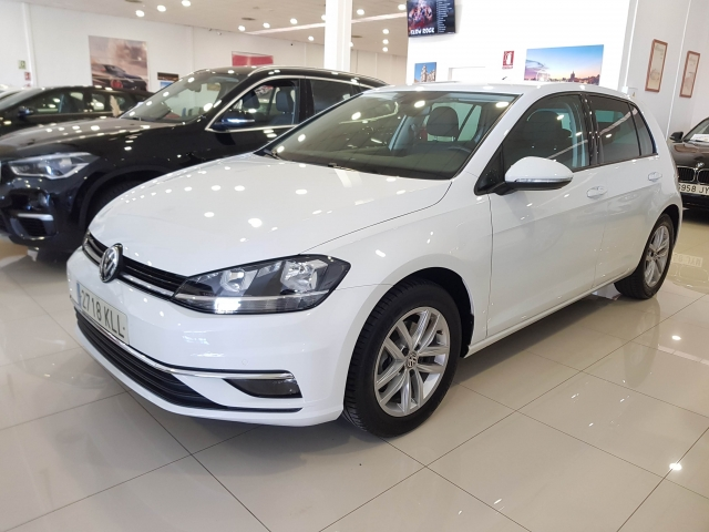 VOLKSWAGEN GOLF  Advance 1.4 TSI 92kW 125CV 5p. for sale in Malaga - Image 2
