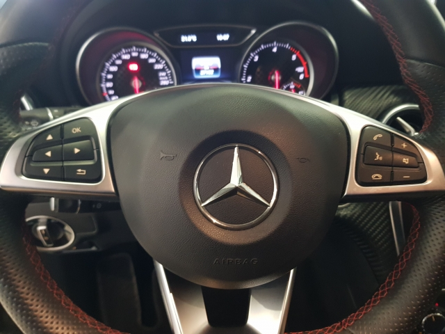 MERCEDES-BENZ CLASE A  A 200 CDI BlueEFFICIENCY AMG Sport 5p. for sale in Malaga - Image 9