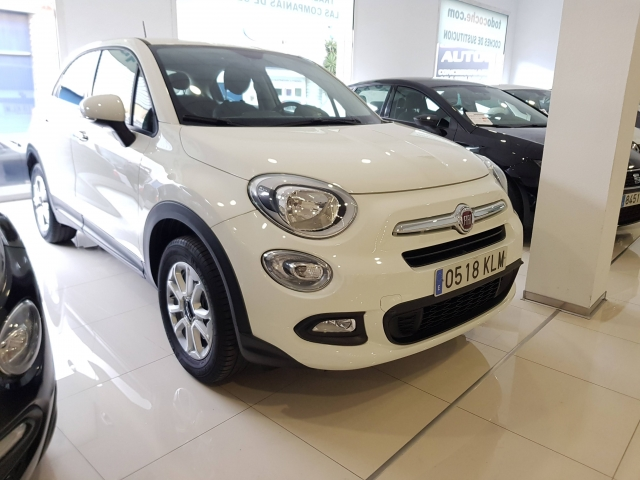FIAT 500X  Pop 1.6 ETorq 81kW 110CV 4x2 5p. for sale in Malaga - Image 1