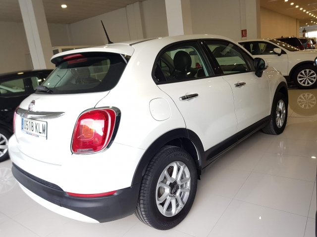 FIAT 500X  Pop 1.6 ETorq 81kW 110CV 4x2 5p. for sale in Malaga - Image 4
