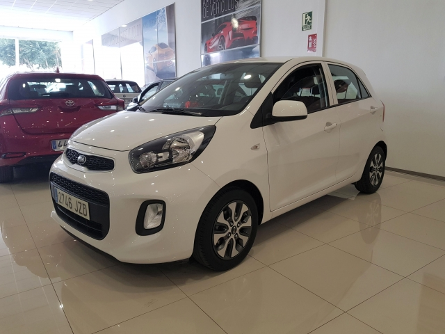 KIA PICANTO  1.0 CVVT Tech 5p. for sale in Malaga - Image 2