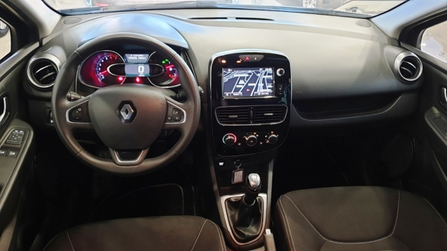 RENAULT CLIO  Limited 1.2 16v 75 Euro 6 5p. for sale in Malaga - Image 7