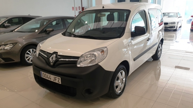 RENAULT KANGOO COMBI  Profesional 2011 dCi 75 E5 4p. for sale in Malaga - Image 1