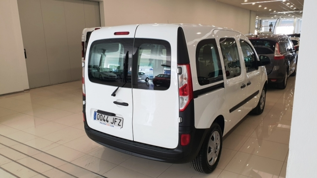RENAULT KANGOO COMBI  Profesional 2011 dCi 75 E5 4p. for sale in Malaga - Image 9