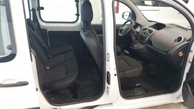 RENAULT KANGOO COMBI  Profesional 2011 dCi 75 E5 4p. for sale in Malaga - Image 10