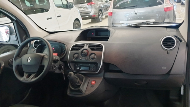 RENAULT KANGOO COMBI  Profesional 2011 dCi 75 E5 4p. for sale in Malaga - Image 11