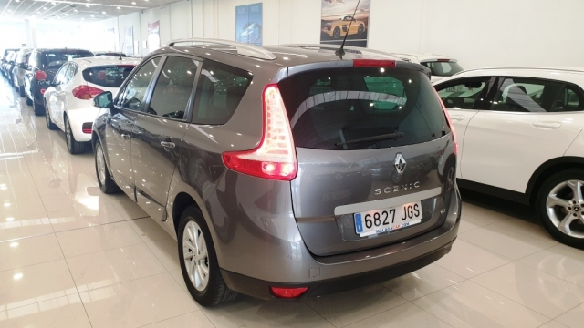 RENAULT GRAND  Scenic Limited dCi 110 EDC 7p 5p. for sale in Malaga - Image 7