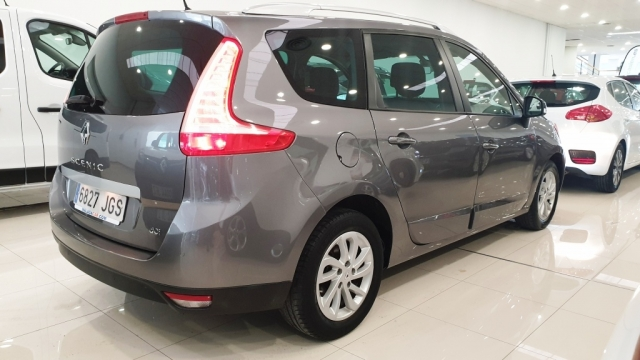 RENAULT GRAND  Scenic Limited dCi 110 EDC 7p 5p. for sale in Malaga - Image 9