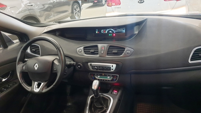 RENAULT GRAND  Scenic Limited dCi 110 EDC 7p 5p. for sale in Malaga - Image 11