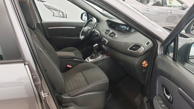 RENAULT GRAND  Scenic Limited dCi 110 EDC 7p 5p. for sale in Malaga - Image 12