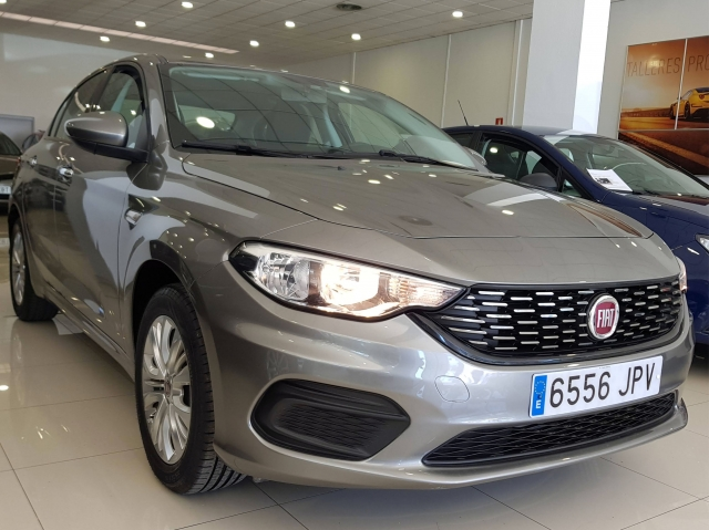 FIAT TIPO  1.3 16v Easy 95 CV diesel Multijet II 4p. for sale in Malaga - Image 1