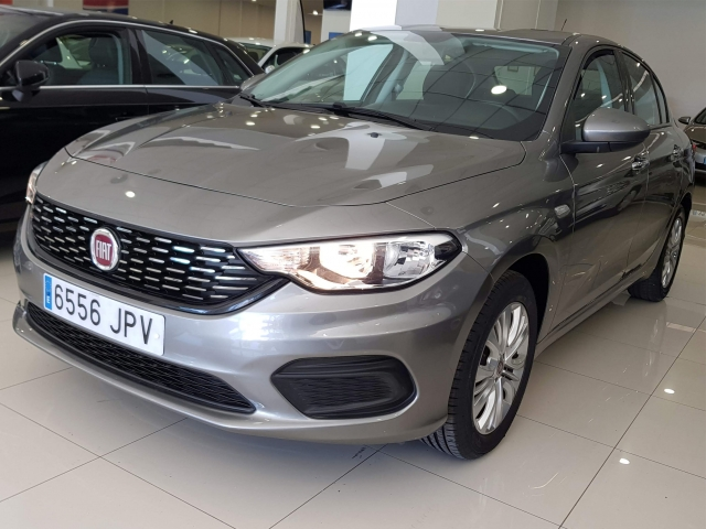 FIAT TIPO  1.3 16v Easy 95 CV diesel Multijet II 4p. for sale in Malaga - Image 3