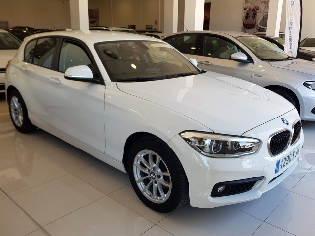 BMW SERIE 1  116d 5p. de ocasión en Málaga - Foto 2