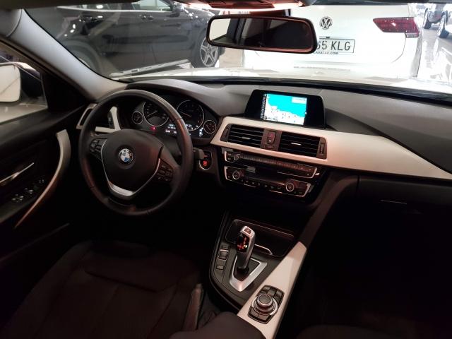 BMW SERIE 3  318dA Business 4p. for sale in Malaga - Image 9