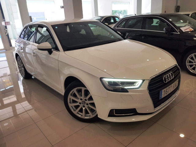 AUDI A3  design edition 1.6 TDI S tronic Sportb 5p. for sale in Malaga - Image 1