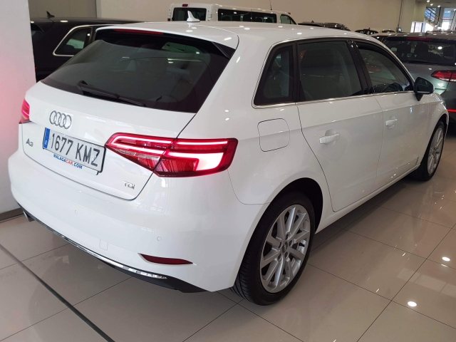 AUDI A3  design edition 1.6 TDI S tronic Sportb 5p. for sale in Malaga - Image 5