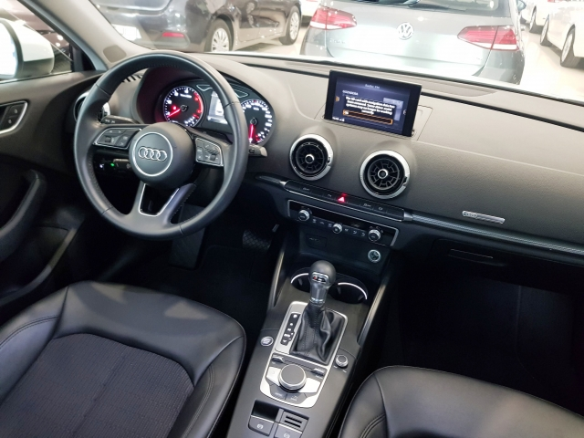 AUDI A3  design edition 1.6 TDI S tronic Sportb 5p. for sale in Malaga - Image 8