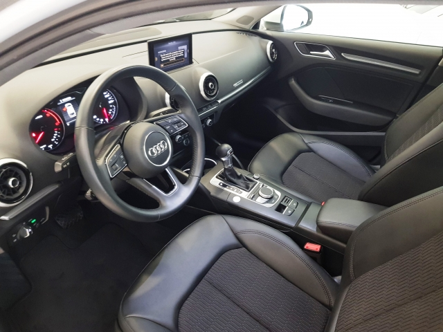 AUDI A3  design edition 1.6 TDI S tronic Sportb 5p. for sale in Malaga - Image 10