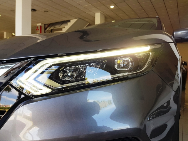 NISSAN QASHQAI 1.5 dCi NCONNECTA 5p. for sale in Malaga - Image 11