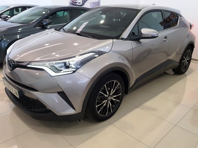 TOYOTA CHR C-HR 1.8 125H Advance plus 5p. for sale in Malaga - Image 1
