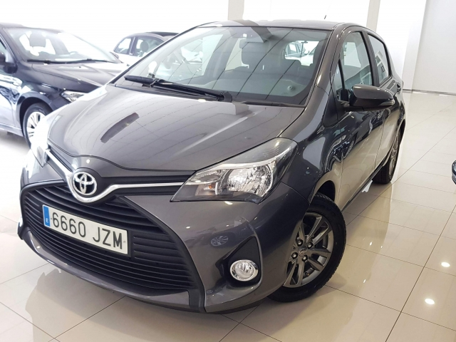 TOYOTA YARIS  1.0 70 City 5p. for sale in Malaga - Image 13