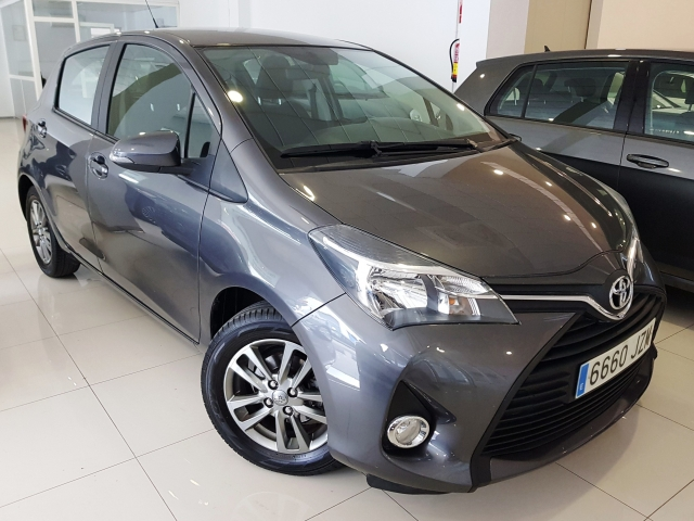 TOYOTA YARIS  1.0 70 City 5p. for sale in Malaga - Image 14