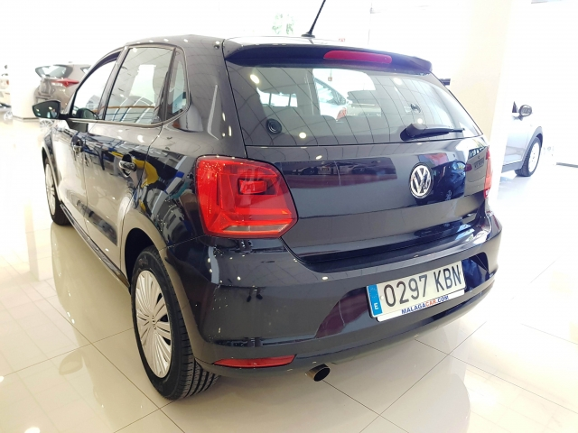 VOLKSWAGEN POLO  Advance 1.2 TSI 66kW90CV BMT 5p. for sale in Malaga - Image 3