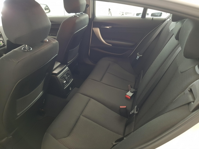 BMW SERIE 1  116d EfficientDynamics 5p. for sale in Malaga - Image 5