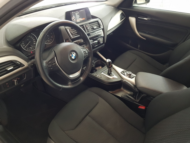 BMW SERIE 1  116d EfficientDynamics 5p. for sale in Malaga - Image 9