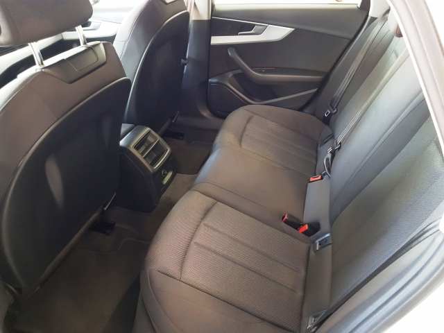 AUDI A4  2.0 TDI 110kW150CV Advanced edition 4p. de ocasión en Málaga - Foto 5