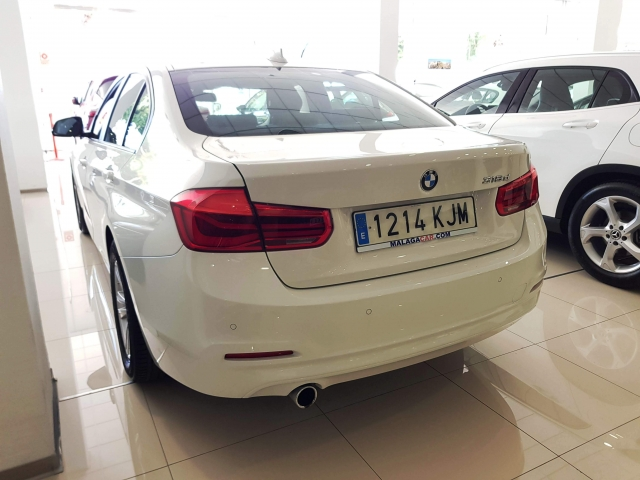 BMW SERIE 3  318d 4p. for sale in Malaga - Image 5