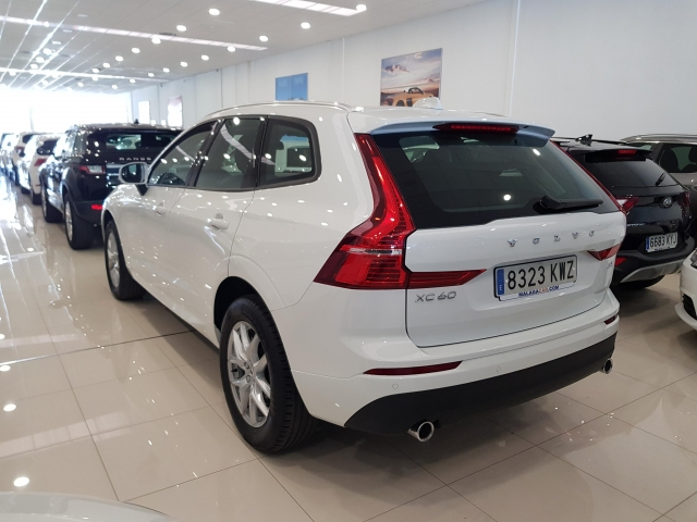 VOLVO XC60  2.0 D4 Momentum 5p. for sale in Malaga - Image 3