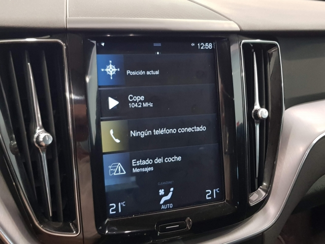 VOLVO XC60  2.0 D4 Momentum 5p. for sale in Malaga - Image 14