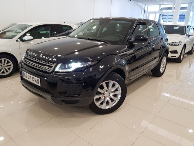 LAND-ROVER RANGE ROVER EVOQUE  2.0L eD4 Diesel 150CV 4x2 Pure 5p. for sale in Malaga - Image 1