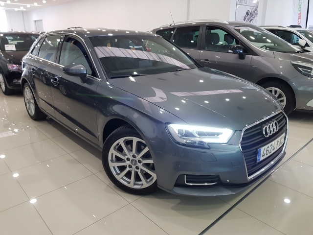 AUDI A3  design edition 1.0 TFSI Sportback 5p. for sale in Malaga - Image 1