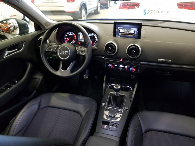 AUDI A3  design edition 1.0 TFSI Sportback 5p. for sale in Malaga - Image 7