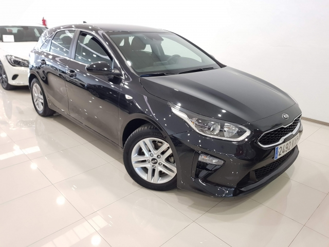 KIA ceed 1.4 TGDi 103kW 140CV Busines used car in Malaga