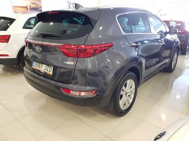 KIA SPORTAGE 1.7 CRDI VGT 115CV Drive 4x2 5p. de ocasión en Málaga - Foto 4