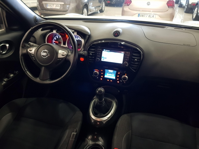 NISSAN JUKE  1.2 NCONNECTA 4X2 5p. for sale in Malaga - Image 7