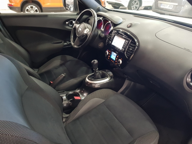 NISSAN JUKE  1.2 NCONNECTA 4X2 5p. for sale in Malaga - Image 8