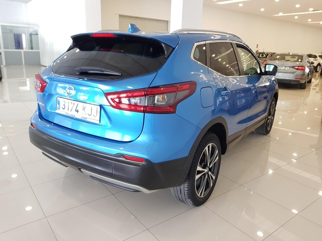 NISSAN QASHQAI  1.5dCi NCONNECTA 4x2 5p. for sale in Malaga - Image 5