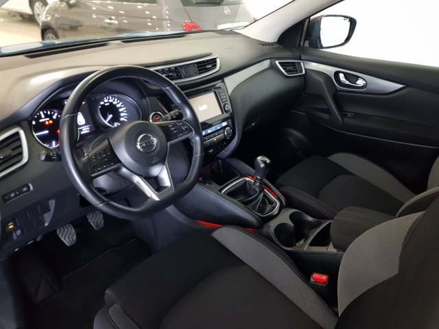 NISSAN QASHQAI  1.5dCi NCONNECTA 4x2 5p. for sale in Malaga - Image 10