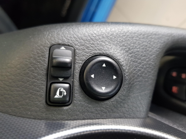 NISSAN QASHQAI  1.5dCi NCONNECTA 4x2 5p. for sale in Malaga - Image 12