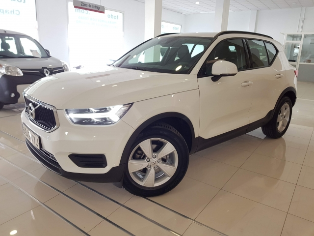 VOLVO XC40  for sale in Malaga - Image 2