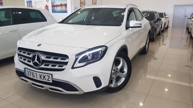 MERCEDES BENZ GLA200D  7G-DCT  for sale in Malaga - Image 1