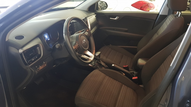 KIA Stonic 1.0 TGDi 88kW 120CV Drive EcoDynam 5p. for sale in Malaga - Image 7