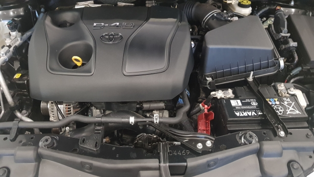 TOYOTA AURIS  1.4 90D Business 5p. for sale in Malaga - Image 12